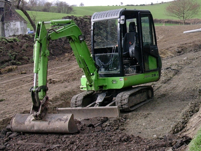 Mini digger for smaller excavations